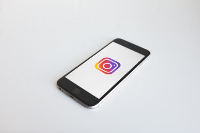 how-to-leverage-instagram-stories-to-showcase-your-work